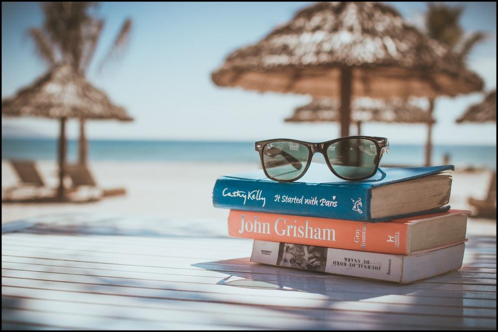 夏休み、冬休み、大学生、暇